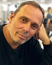 Leonardo Caetano headshot